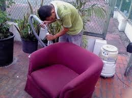 Mencuci Sofa Lebih Mudah Dengan Bantuan Jasa