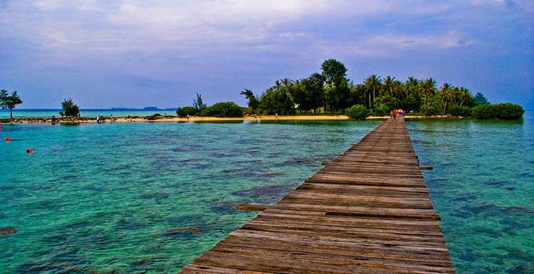Objek Wisata Pantai Di Kota Jakarta Paling Menarik