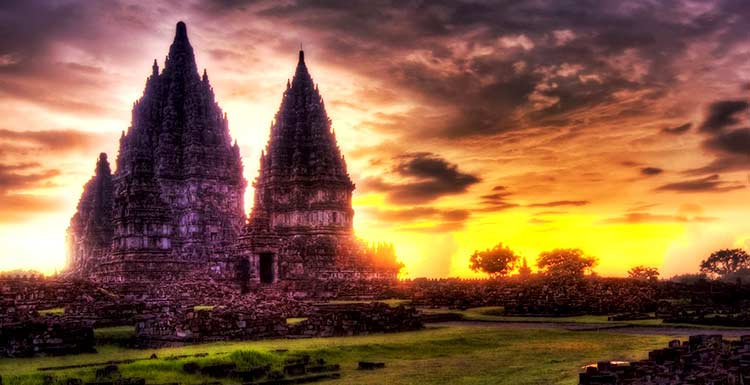 Ragam Pariwisata Indonesia Yang Memukau