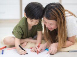 Cara mengajarkan anak mewarnai